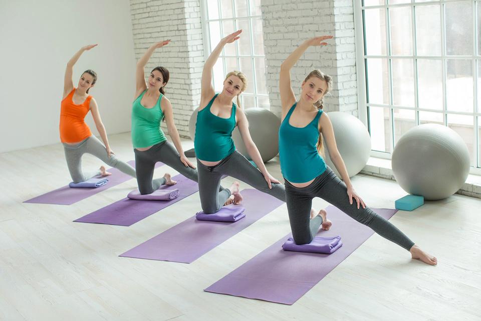 Practice_Prenatal_Yoga